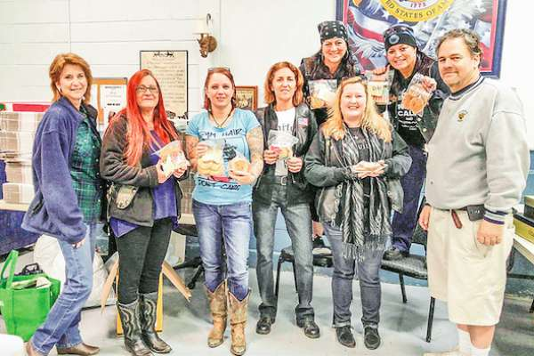'Bomber Girls' collect cookies for deployed troops