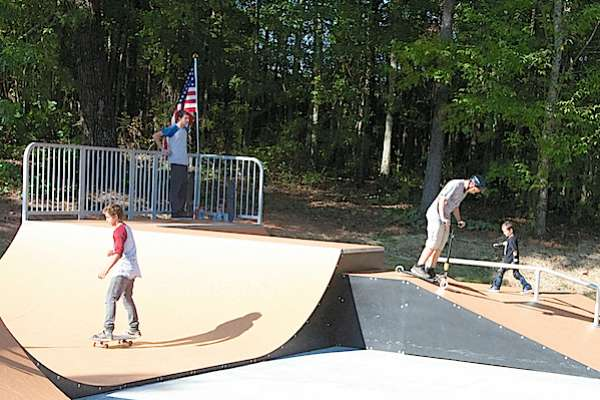Grantville officially opens skate park