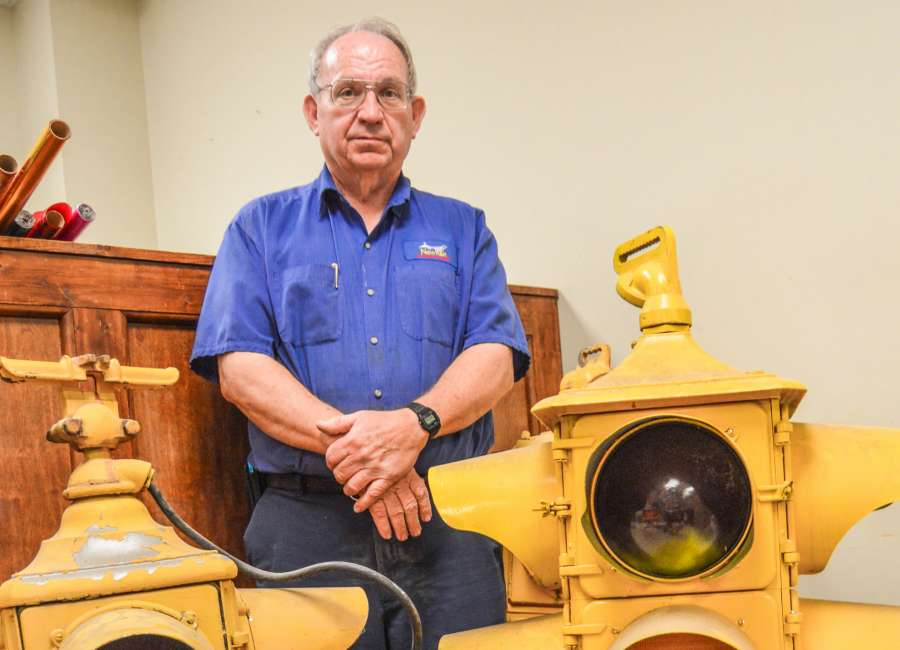 City employee to hang up his tool belt after over 3 decades of service