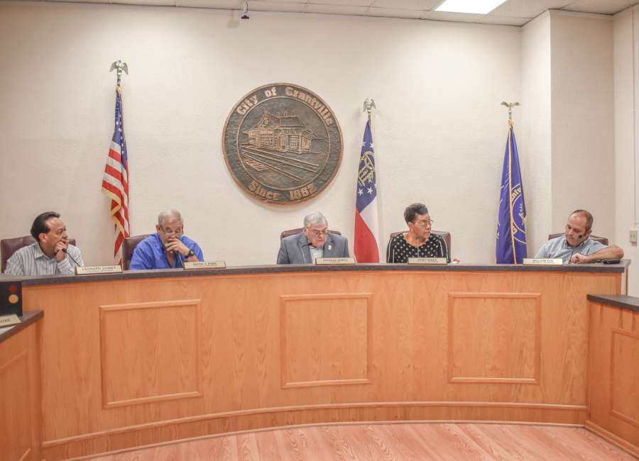 Council reaches compromise to honor longtime resident