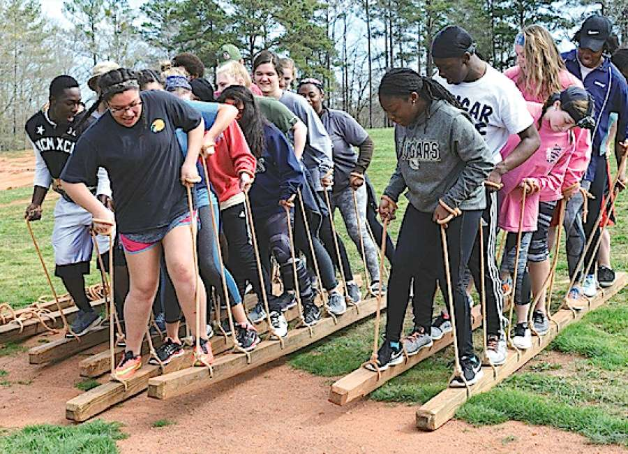 High-schoolers attend leadership retreat