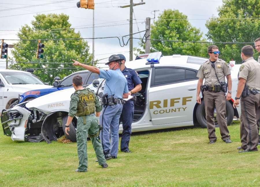 High-speed pursuit ends in crash on Bullsboro - The Newnan