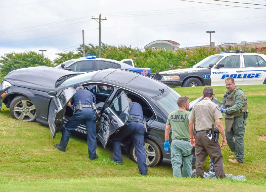 High-speed pursuit ends in crash on Bullsboro - The Newnan Times-Herald