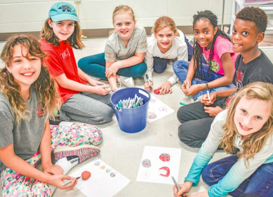 'Kindness Rocks' a way for Brooks students to spread good cheer