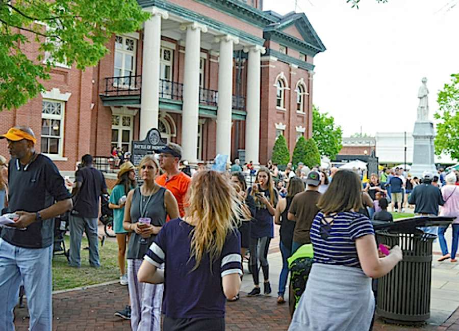Main Street programs draw large crowds downtown