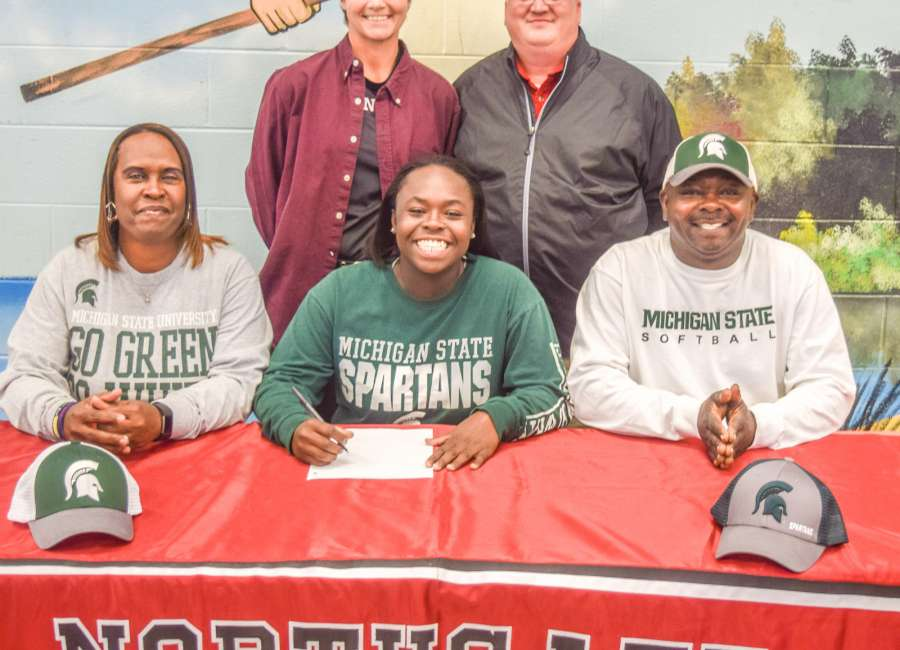 Northgate's Charla Echols to play college softball with big sister Ebonee at Michigan State