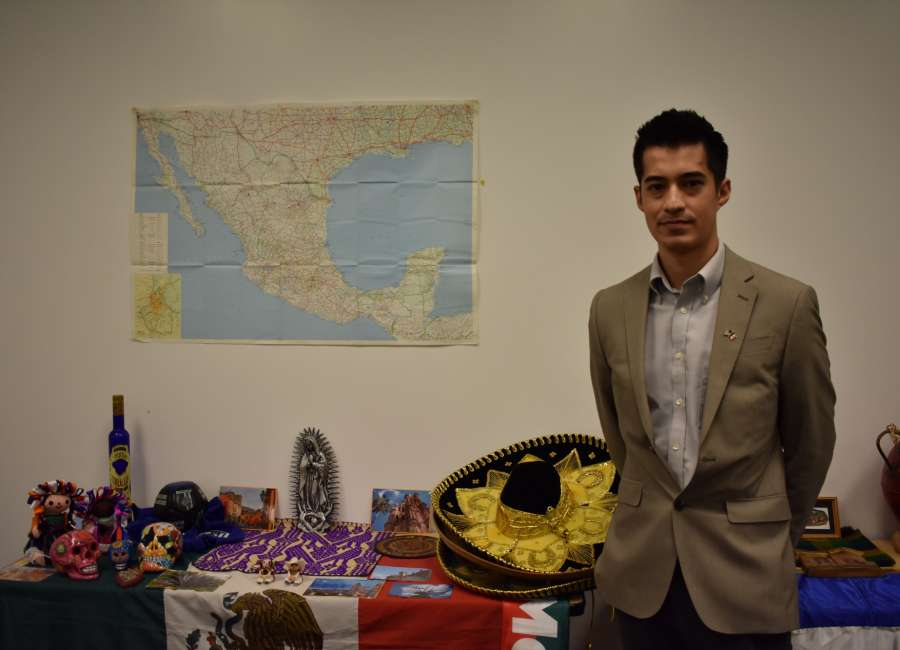 Official from Mexican consulate visits Thomas Crossroads office