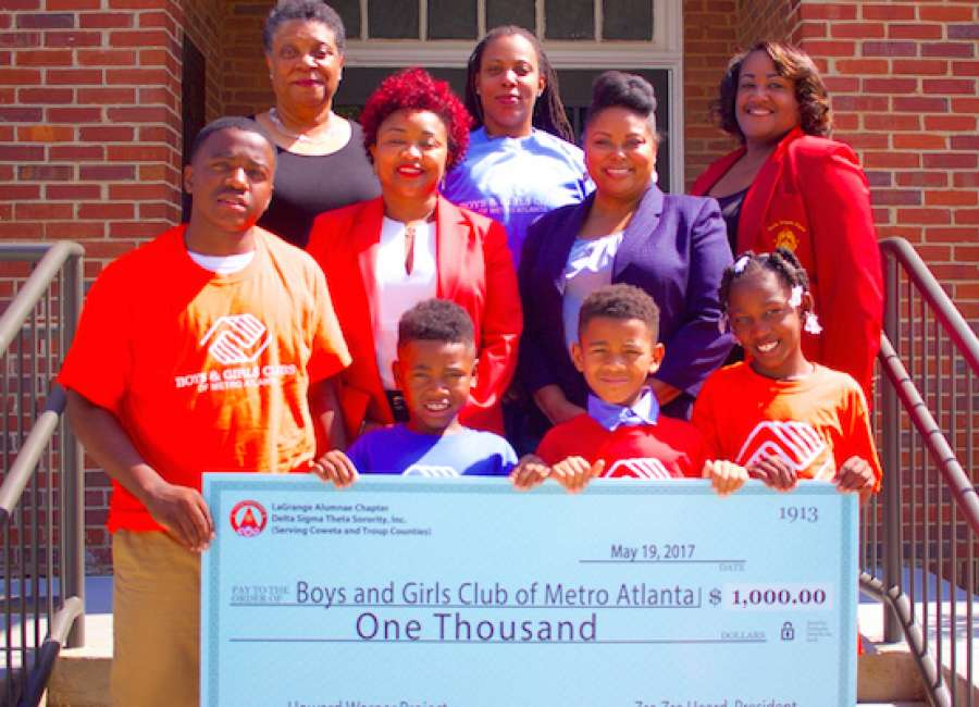 Sorority donates to Boys and Girls Club