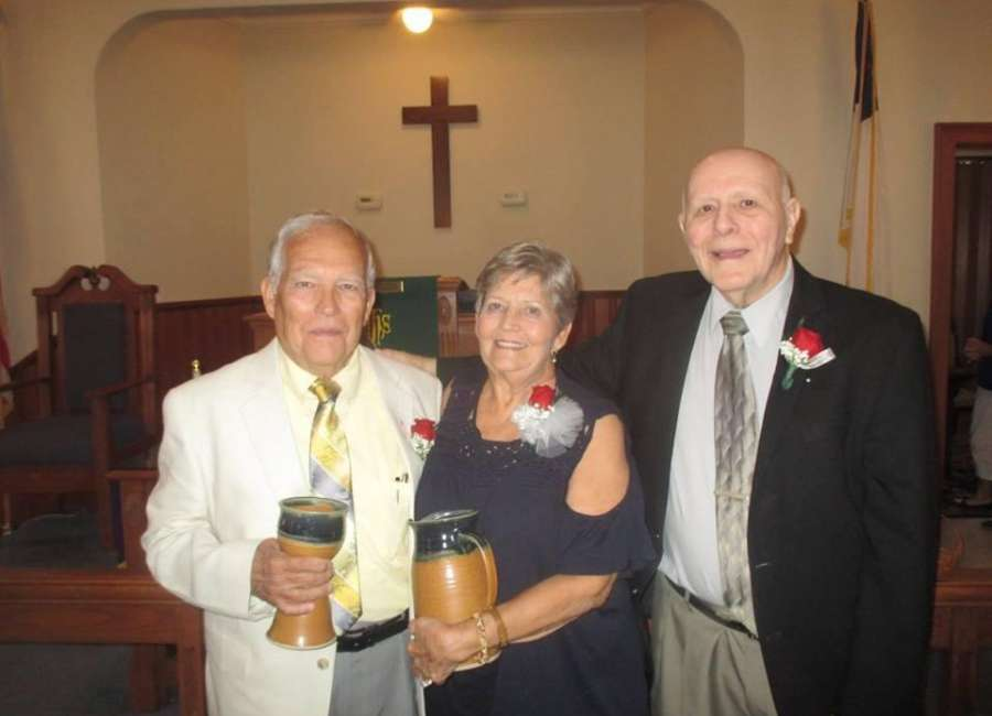 Tommy and Sue Adams honored by Luthersville UMC