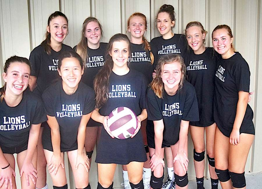 Trinity volleyball's mission: Learn each other, defend title