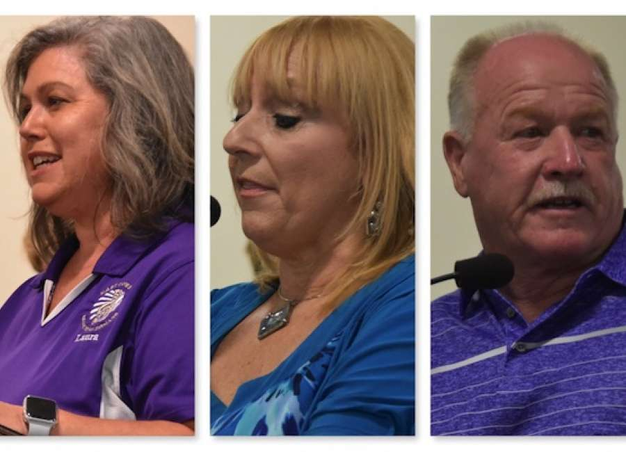 Band mom, teacher among those speaking in support of school board