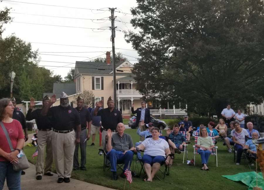 Candlelight vigil honors 9/11 victims