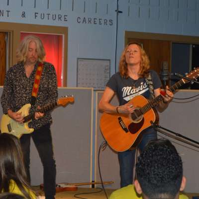 CEC students rock out with popular Georgia band