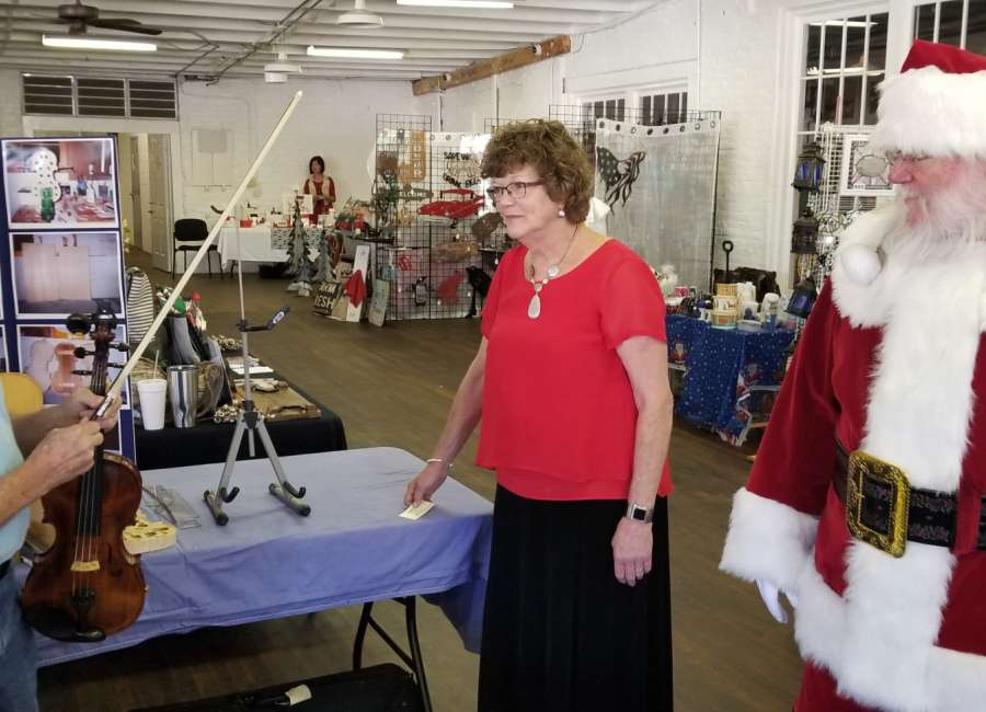 Coweta's small towns celebrate the season