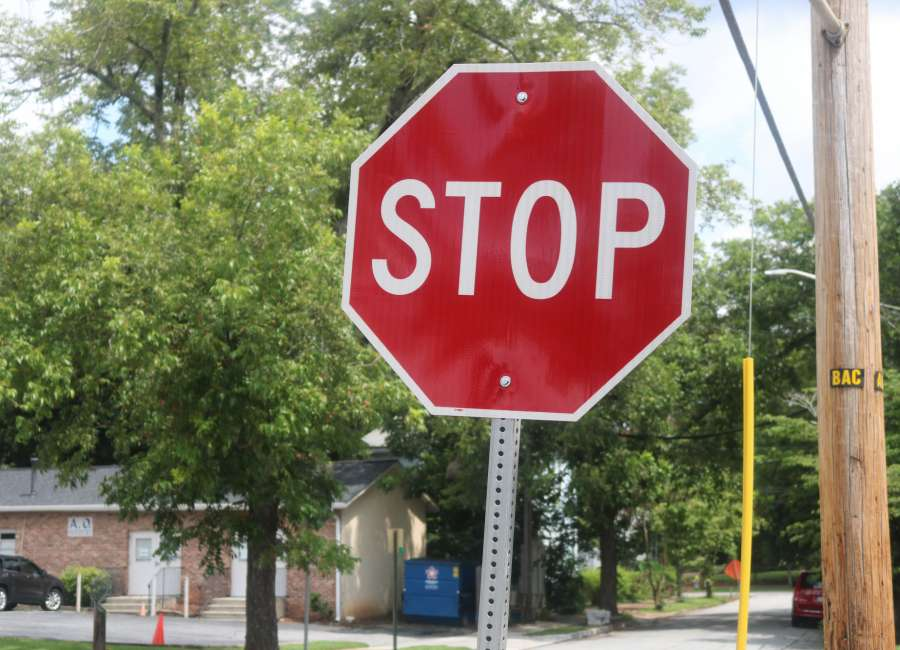 Damage leads Senoia to buy new stop signs