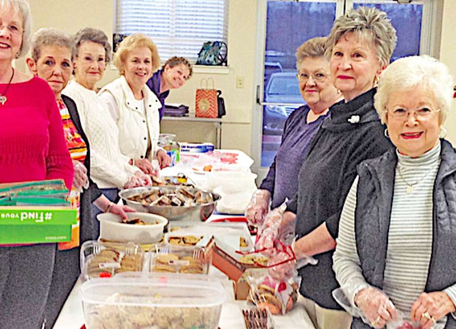 East Newnan cookies warm public safety hearts