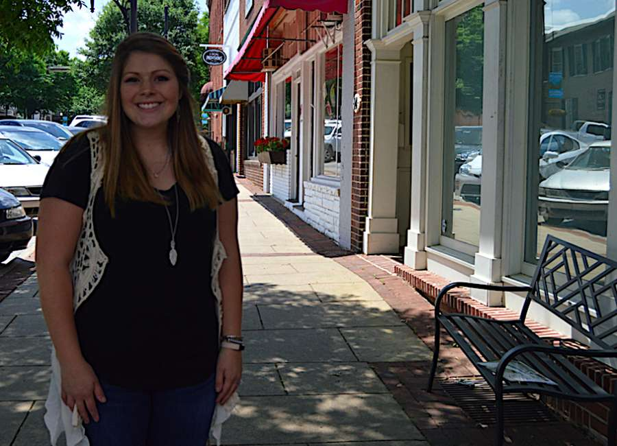 Father, daughter keep business 'popping' around Coweta county