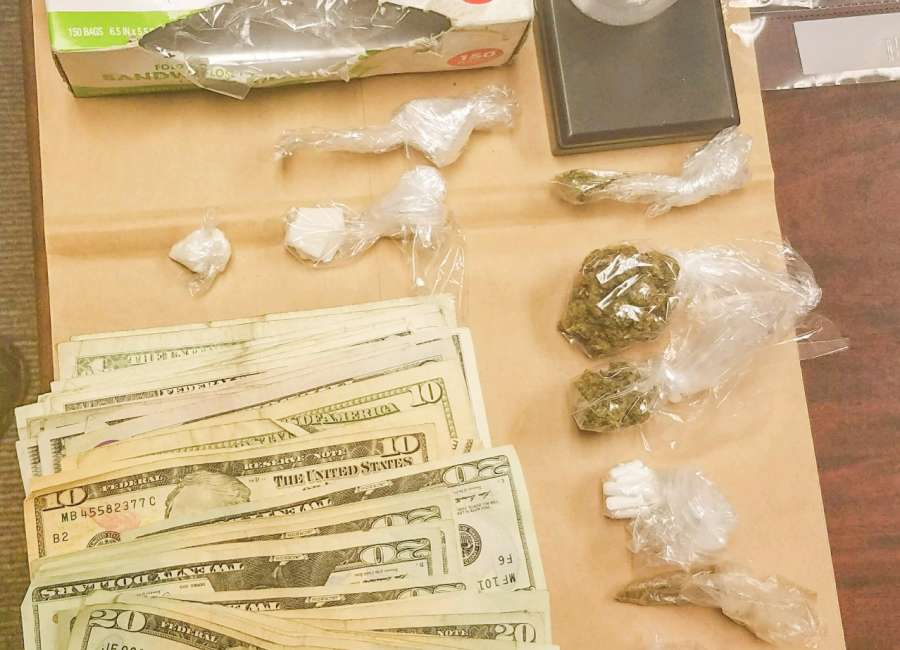 Foot chase on interstate ends with drug bust