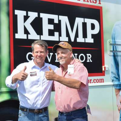 Kemp draws crowd in Newnan