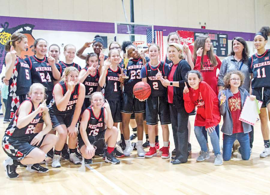Lady Eagles power through bracket to win girls championship