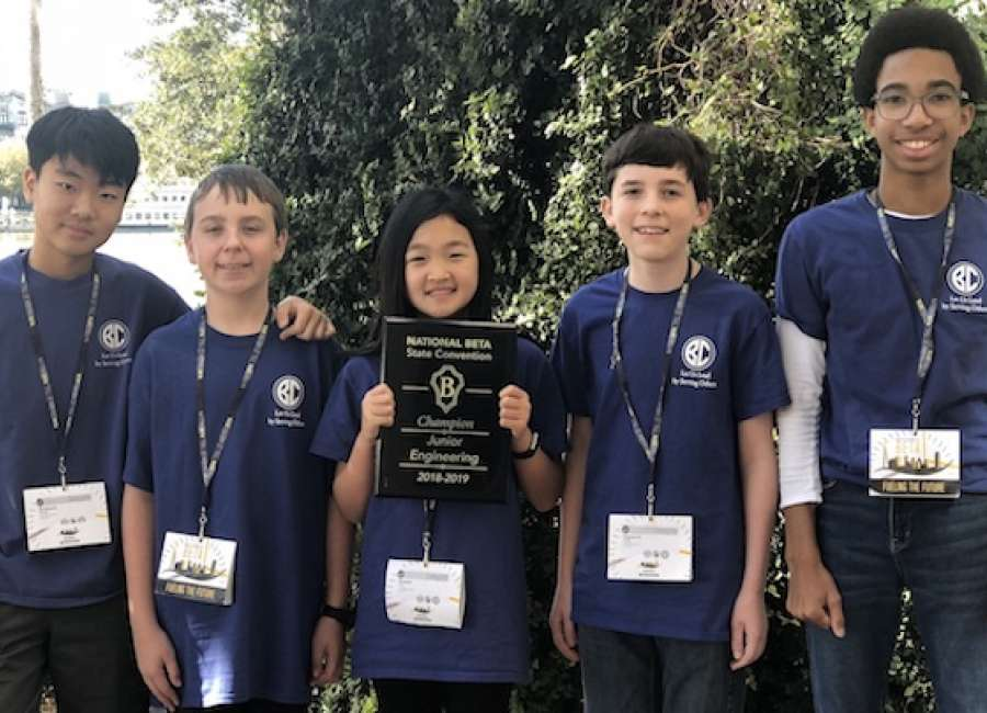 Lee Junior Beta Club wins awards