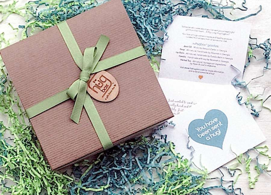 Local woman turns dream of creating gift box service into reality