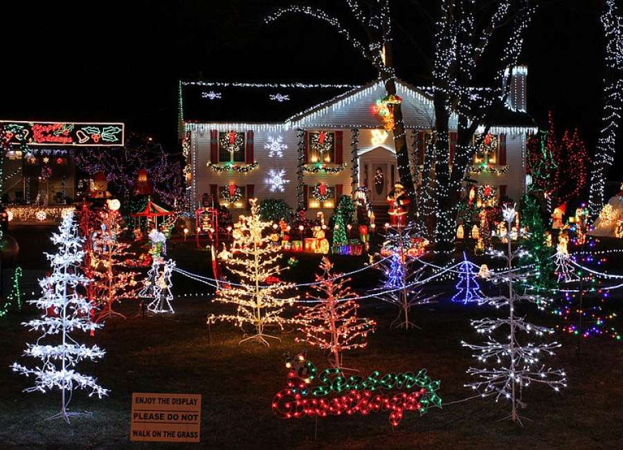Looking For Christmas Lights - Looking For Christmas Lights - The Newnan Times-Herald