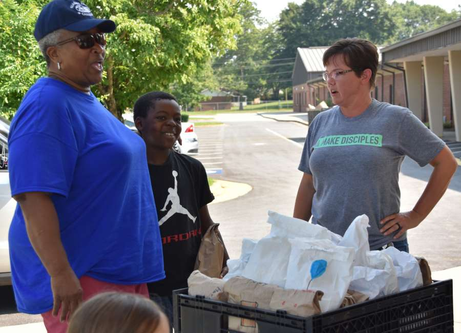 Presbyterians reaching out with food, hygiene kits