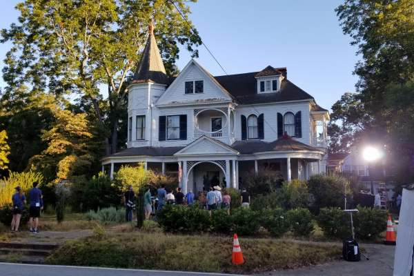 'Sextuplets' filming underway at historic Temple home