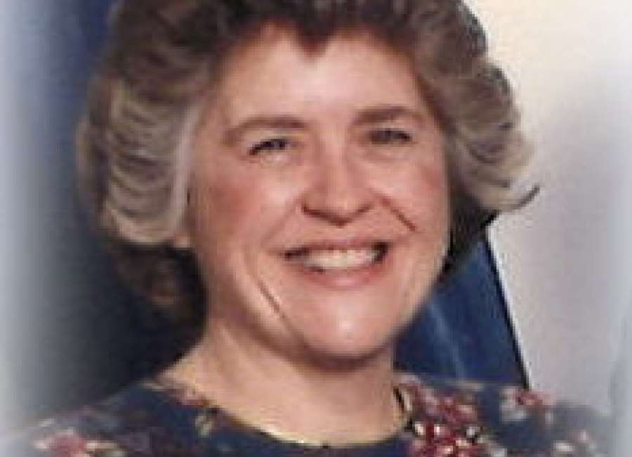 Beverly Lynn Smith Lang - The Newnan Times-Herald