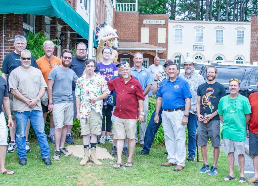 Bible study group donates new flag pole