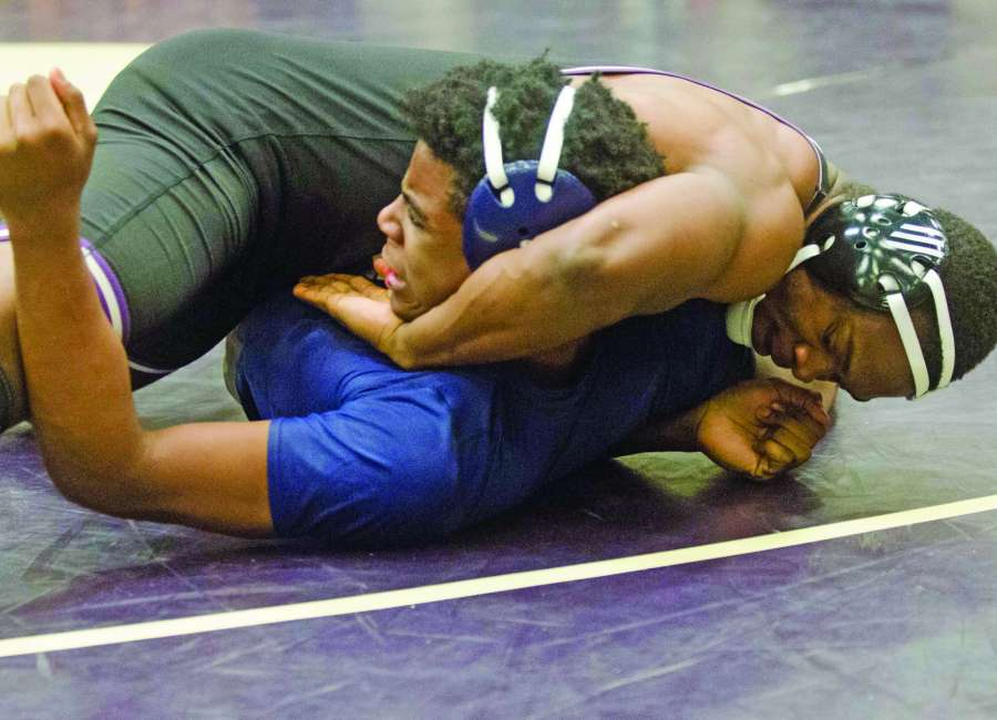 Cougars, Indians hope to get things cooking at state duals
