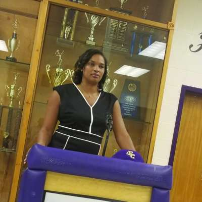 EC names Barnes-Timmons new girls basketball coach