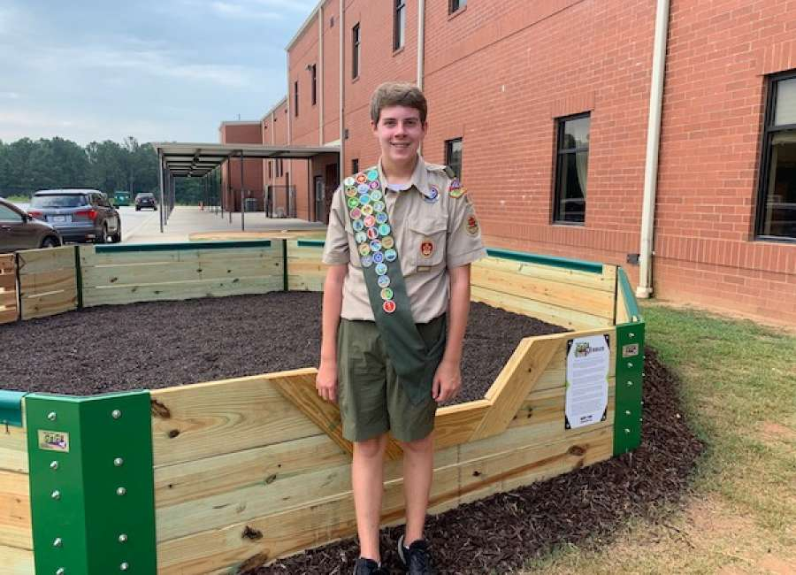 Local Scout builds ball pit for Brooks