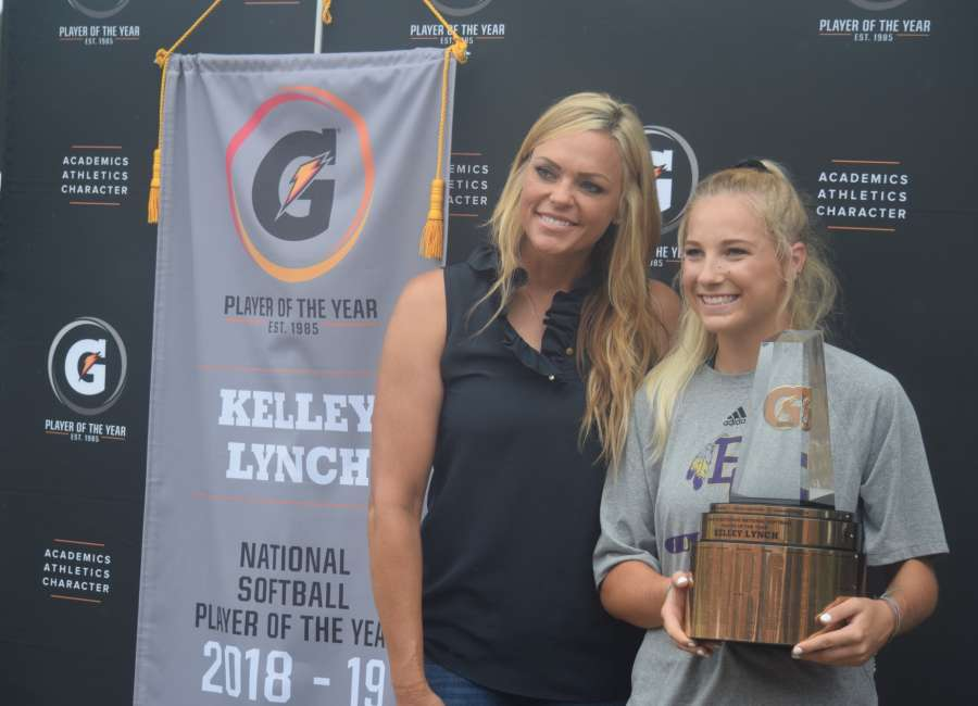 Surprise:  Softball legend Jennie Finch hands EC's Kelley Lynch National Gatorade Player of the Year Trophy