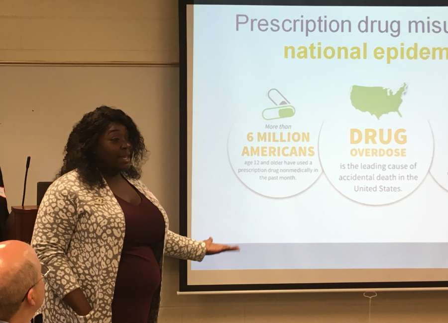 Talking to college students about the dangers of drugs