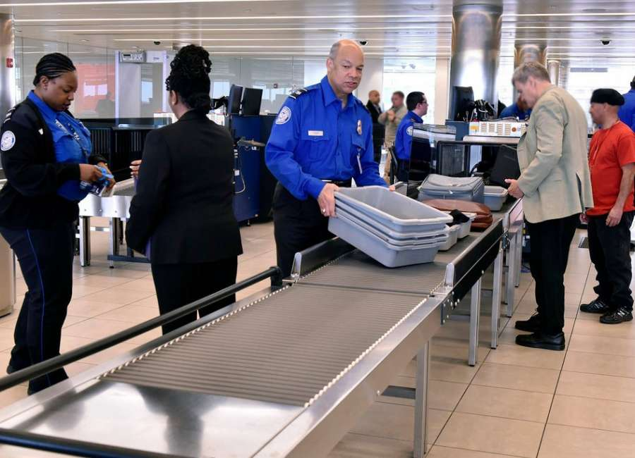 TSA screener sick-outs hit 10 percent over holiday weekend